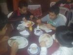 Cenando en la concentración