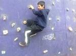 Oscar escalando
