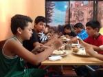 Almorzando en Baños