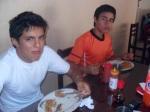 Luís y Pérez,  almorzando