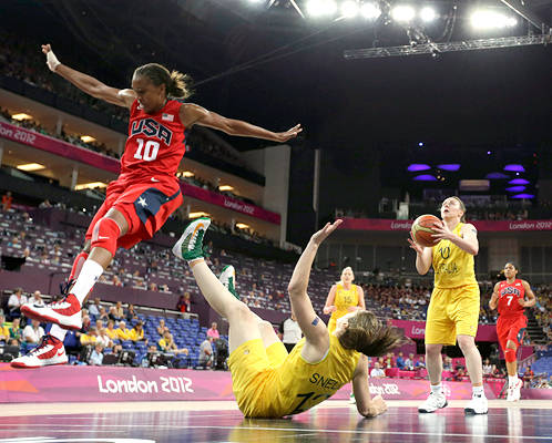 Australia's Kristi Harrower (10)  y Belinda Snell  USA's = Londres 2012 ( crédito Eric Gay - AP Images)
