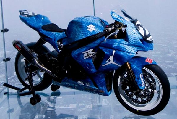 air-jordan-xx8-suzuki-national-guard-superbike