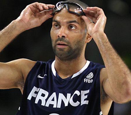 tony-parker-france-goggles
